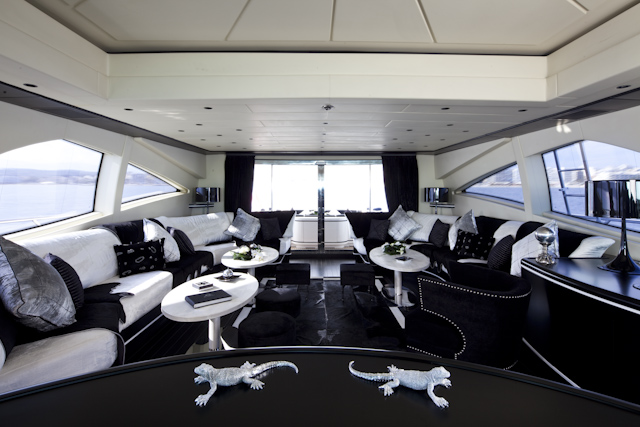 ABILITY Mangusta 130 -  Main Salon